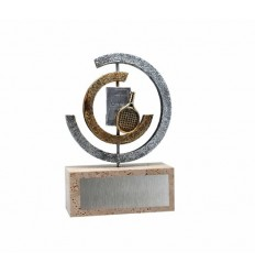 Trofeo resina diseño plateado circulos