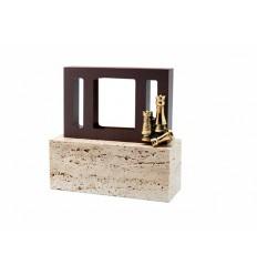 Trofeo diseño resina rectangular morado