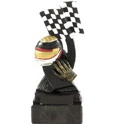Trofeo casco y bandera.