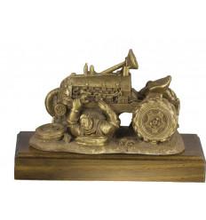 Trofeo resina tractor con mecanico